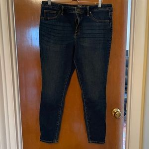 Universal thread jeans size 16